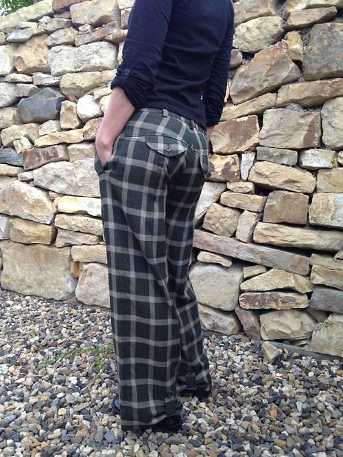 f852b71de4d Dámské vlněné kalhoty. Previous  Next
