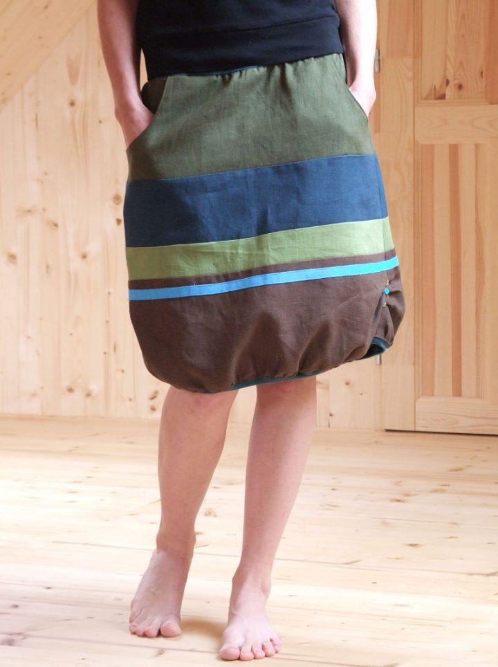 lněná krátká hnědá sukně pod kolena