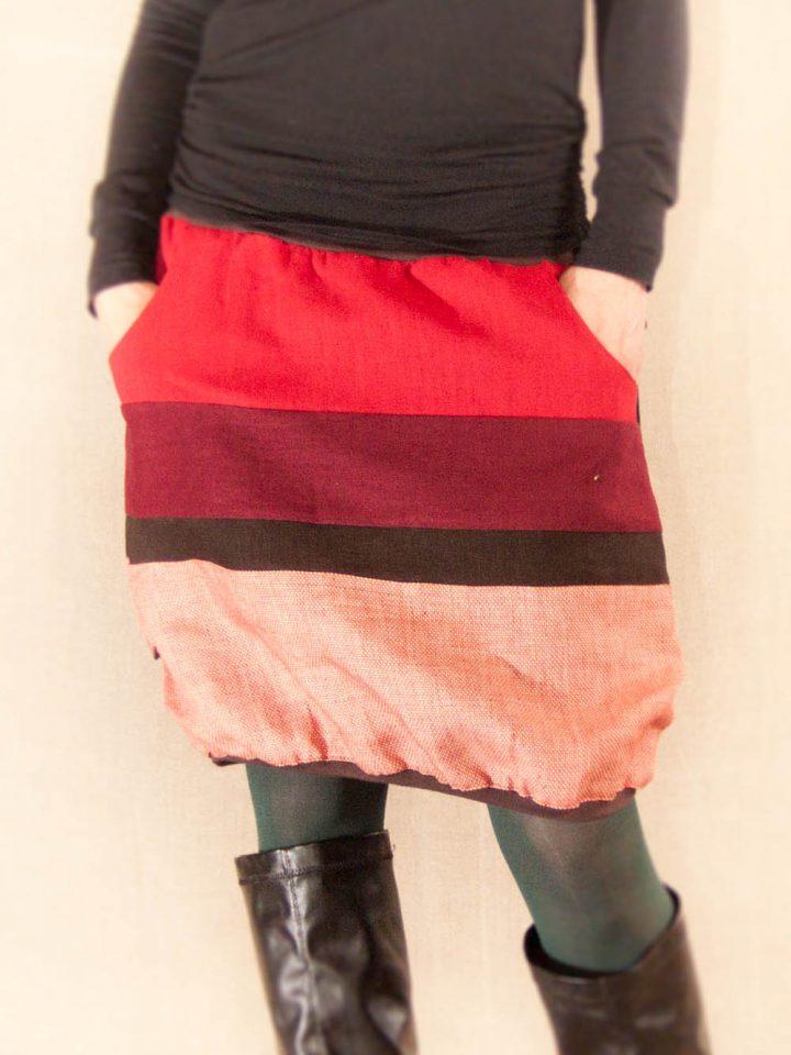 Lněná sukně pruhovaná červená